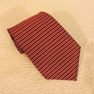 Brooks Brothers Red, Navy & White Stripe Tie